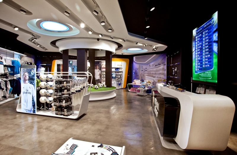 03 - sanzpont [arquitectura] - Real Madrid Official Store.jpg